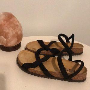 Arcopédico by Elio Parodi Black Strap Sandals